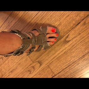Size 10 Heels from Buckle